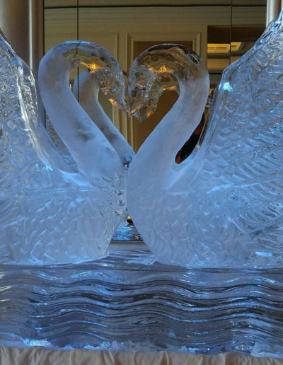 Ice Sculptures 014 Double Swans