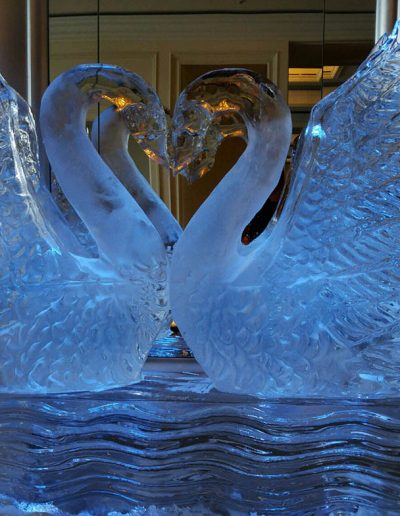 Wedding Ice Sculptures 013 Swans